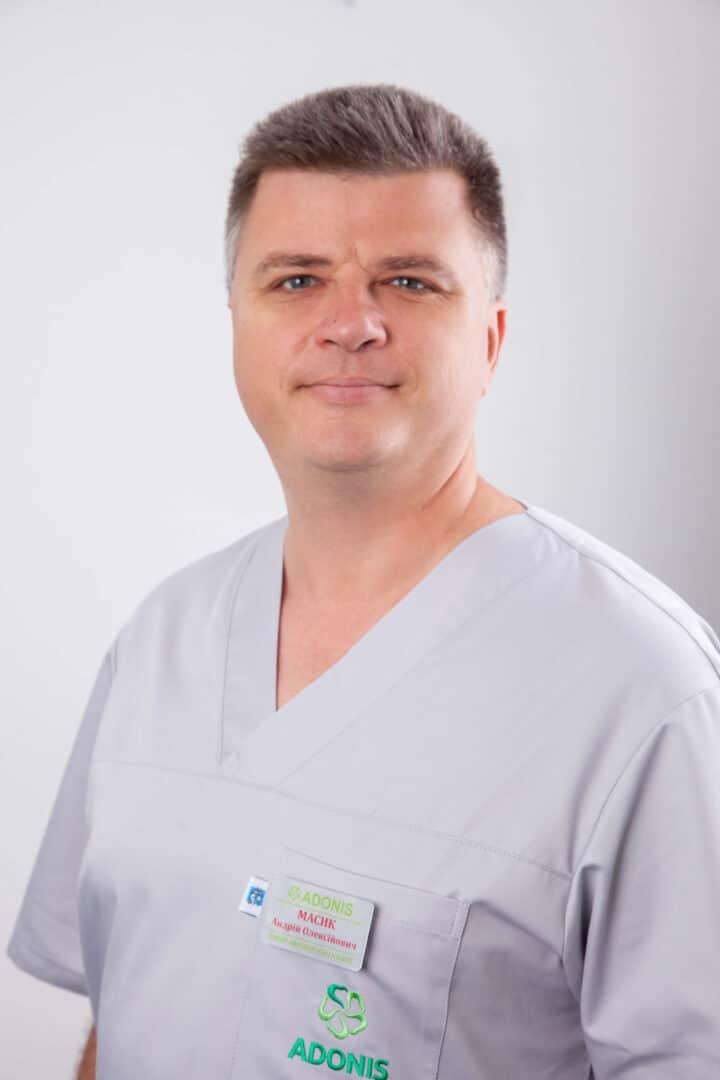 Врач акушер гинеколог роддома ADONIS Масик Андрей Алексеевич