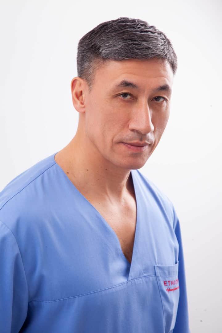 Ли Андрей Дин Хванович, гинеколог