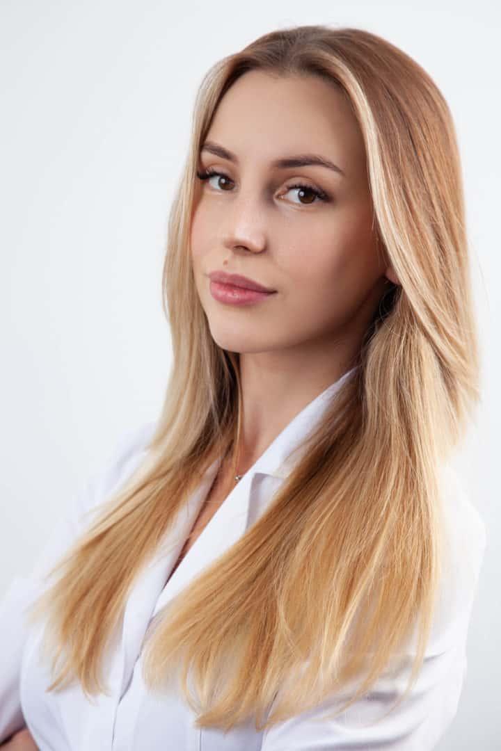Врач-стоматолог Гаврилив Анастасия Зориславовна в Киеве - ADONIS