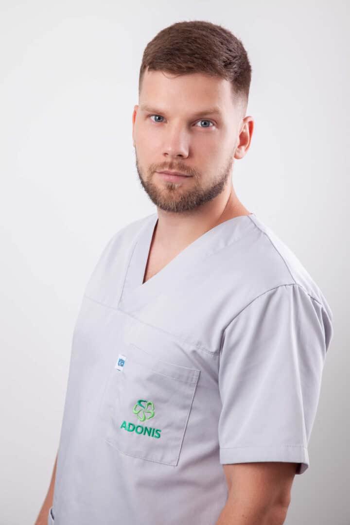 Акушер-гинеколог роддома ADONIS Сидоренко Владислав Сергеевич, Киев.