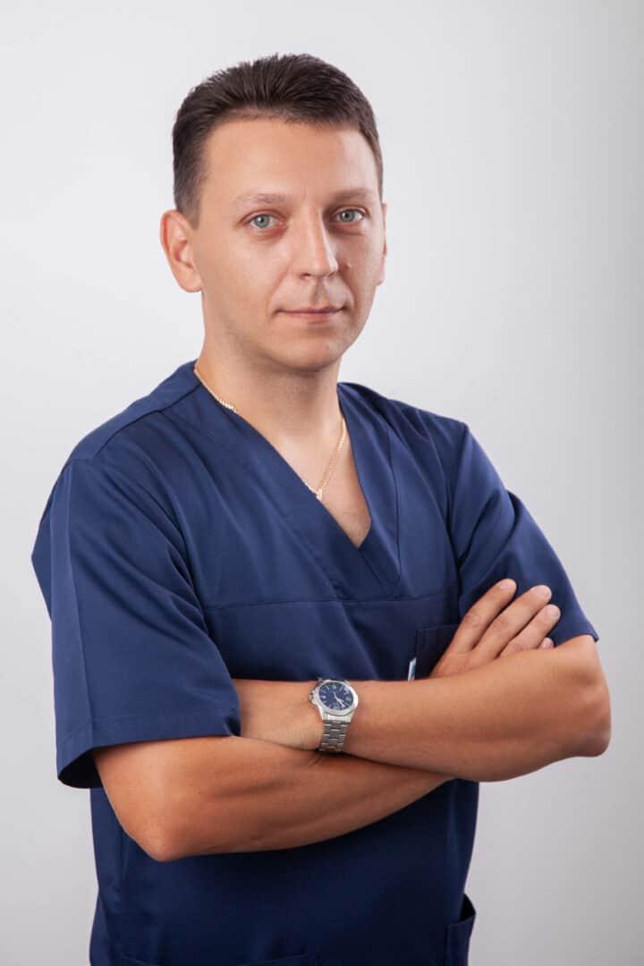 Врач-анестезиолог роддома ADONIS Никитенко Виктор Сергеевич