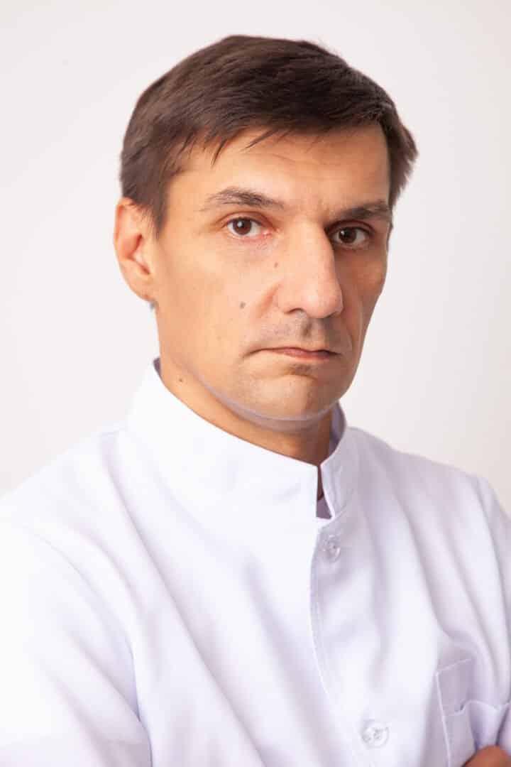Врач-хирург ADONIS Кучеренко Даниил Александрович, Киев