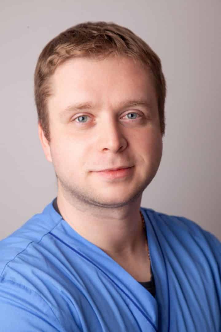 Врач-анестезиолог ADONIS Мельник Дмитрий Игоревич, Киев